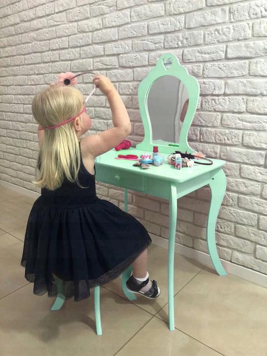 toaletni stolek pro dite